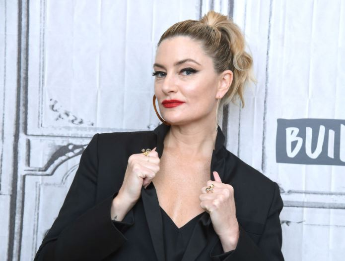 Mädchen Amick Contact Address, Phone Number, Whatsapp Number, Fanmail Address, Email ID, Website 13