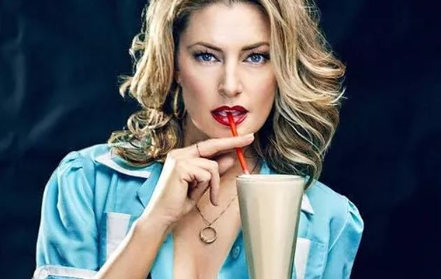 Mädchen Amick Contact Address, Phone Number, Whatsapp Number, Fanmail Address, Email ID, Website
