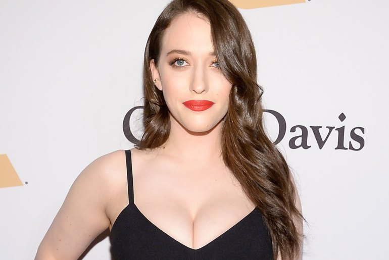 Kat Dennings Contact Address, Phone Number, Whatsapp Number, Fanmail Address, Email ID, Website 12
