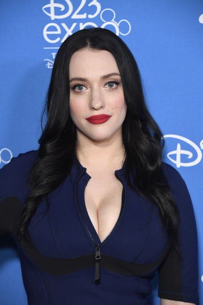 Kat Dennings Contact Address, Phone Number, Whatsapp Number, Fanmail Address, Email ID, Website 10