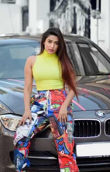 Garima Chaurasia Contact Address, Phone Number, Whatsapp Number, Fanmail Address, Email ID, Website 10