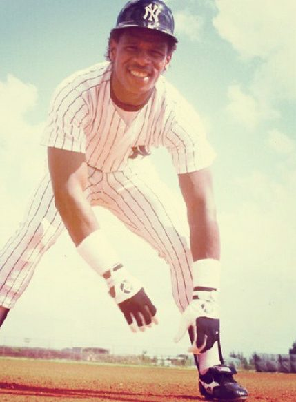 Rickey Henderson Contact Address, Phone Number, Whatsapp Number, Fanmail Address, Email ID, Website 11