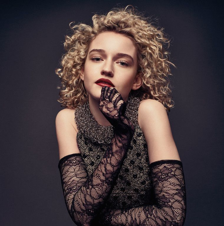 Julia Garner Contact Address, Phone Number, Whatsapp Number, Fanmail Address, Email ID, Website 14