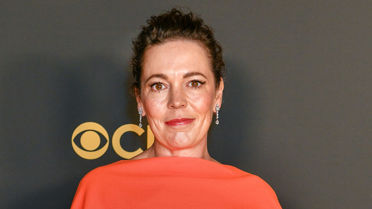 Olivia Colman Contact Address, Phone Number, Whatsapp Number, Fanmail Address, Email ID, Website 16